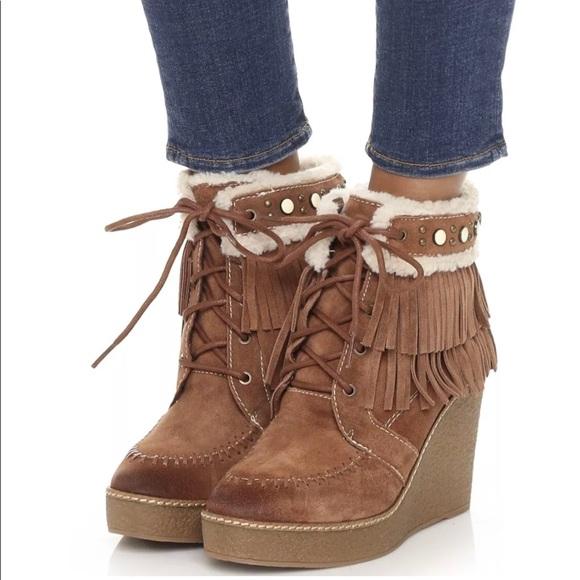 86b5add977ab4 Sam Edelman Shoes - Sam Edelman Sz 7.5 Suede Fringed Kemper Booties